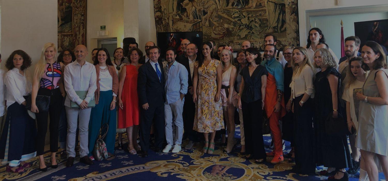 Begoña Villacís recibe a diseñadores y representantes del mundo de la moda