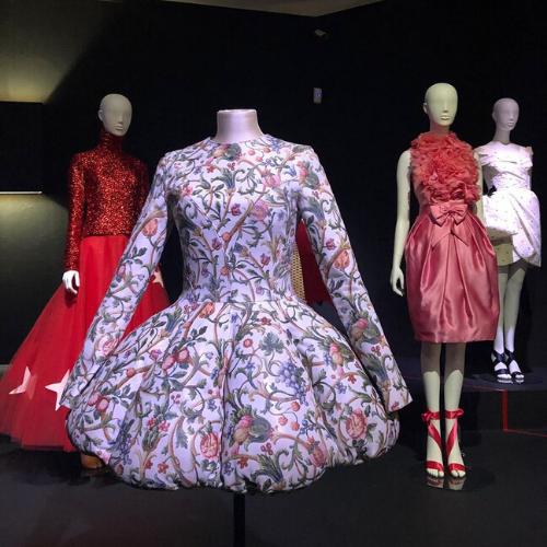 Exposición de vestidos