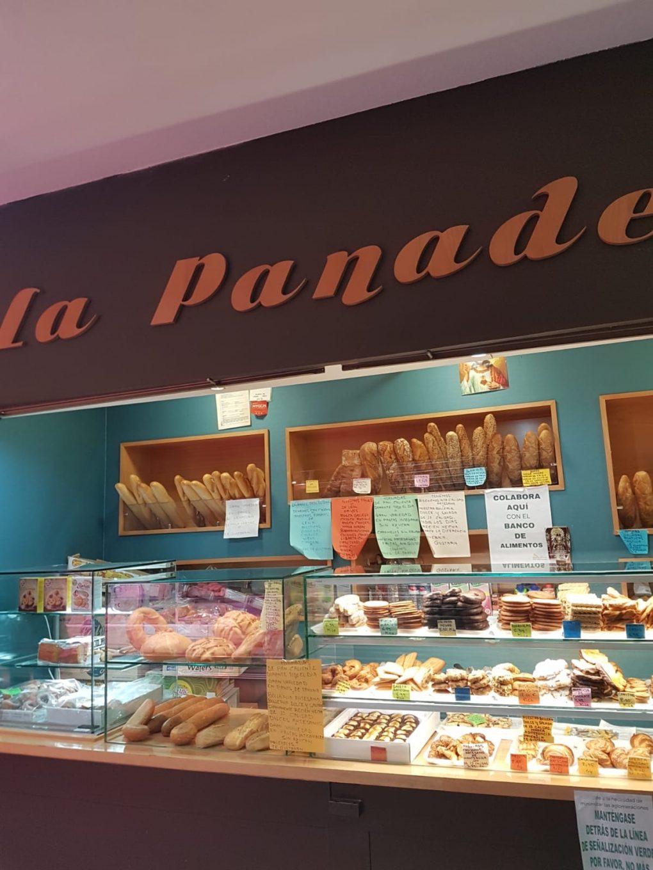 Puesto de panadería en mercado