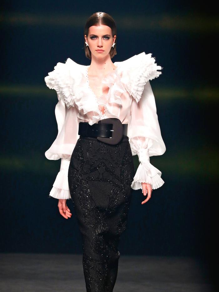 Modelo vestida de Isabel Sanchís