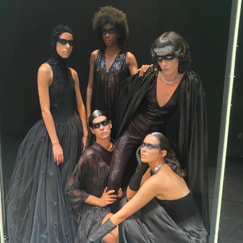 Modelos vestidas por Maison Mesa